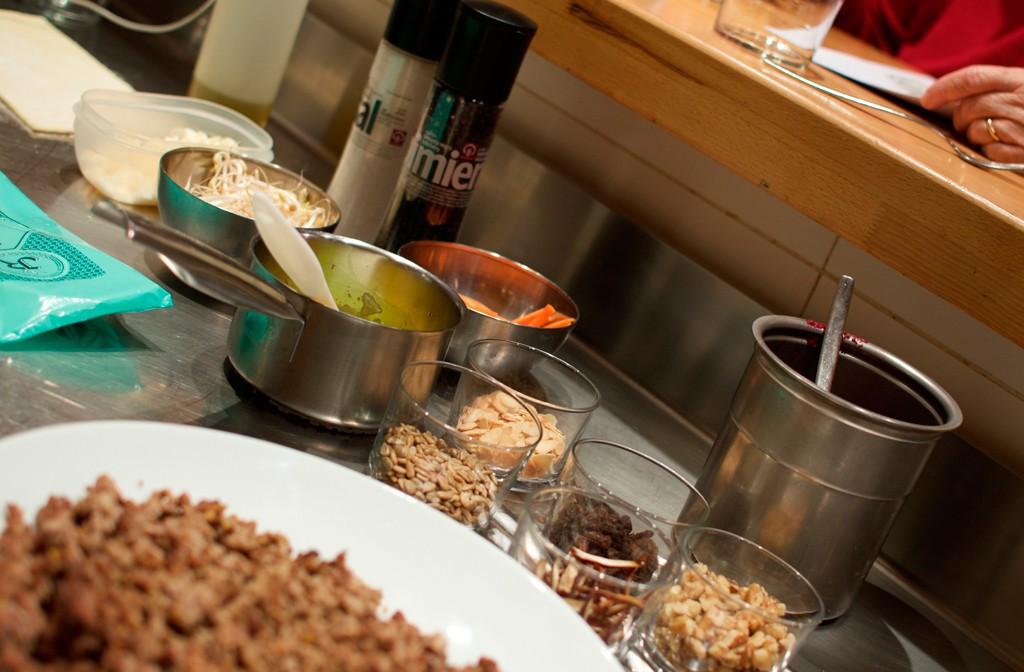 Carmencita cocina con gema penalva en su restobar de - Cocina con carmen ...