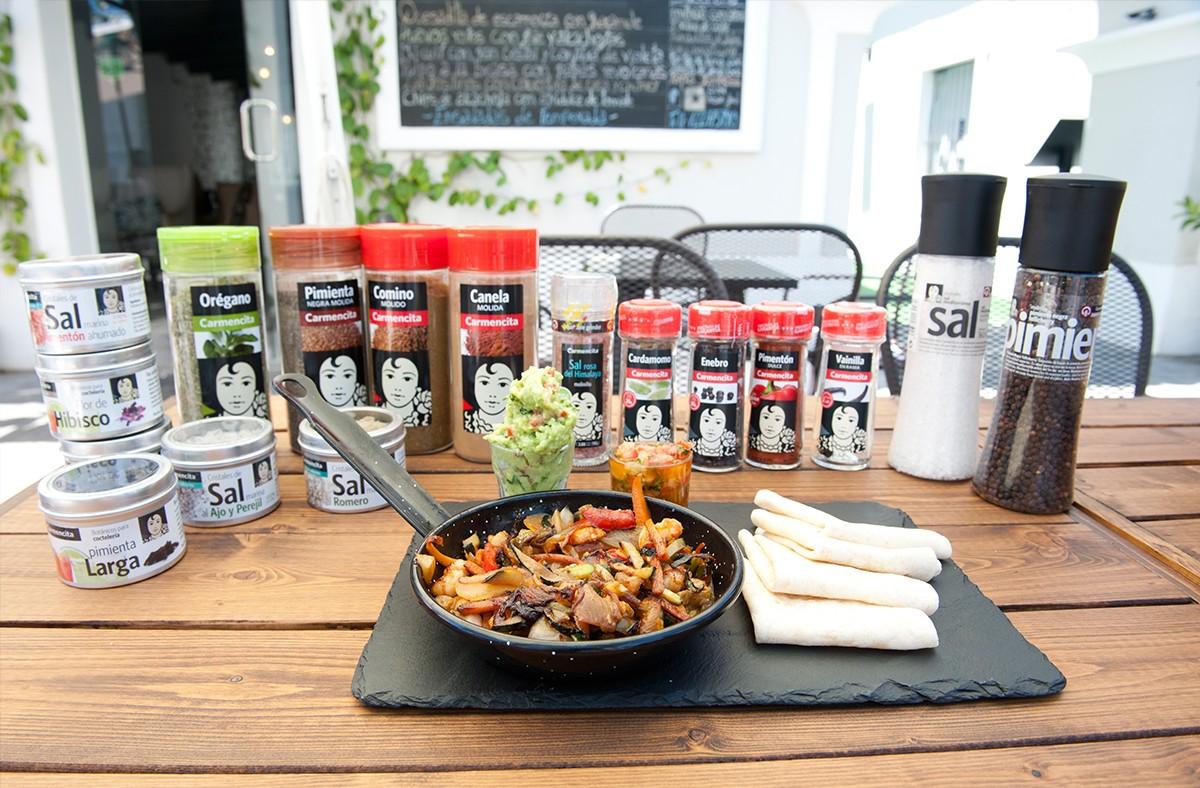 Carmencita cocina con Natividad y Fernando de CUN Urban Food