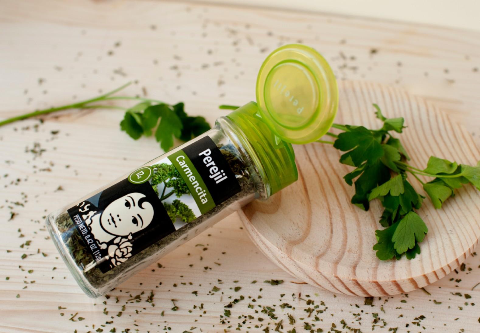 Carmencita recomienda el perejil, la hierba aromática más utilizada